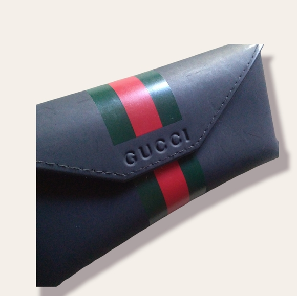 {Gucci} Green Red Striped Eyeglass/Sunglass Case